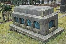 Familien Astrup, gravminne på Vår Frelsers gravlund, Oslo.JPG