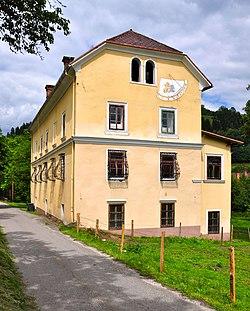 Feldkirchen Gurktslerstrasse 37 Schloss Greifenthurn 10062011 111.jpg