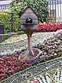 Floral Clock, Princes Street Gardens. Цветочные часы с кукушкой - panoramio.jpg