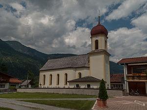 Forchach - Image: Forchach, katholische Filialkirche Expositurkirche heilige Sebastian Dm 63984 foto 11 2014 07 25 13.56