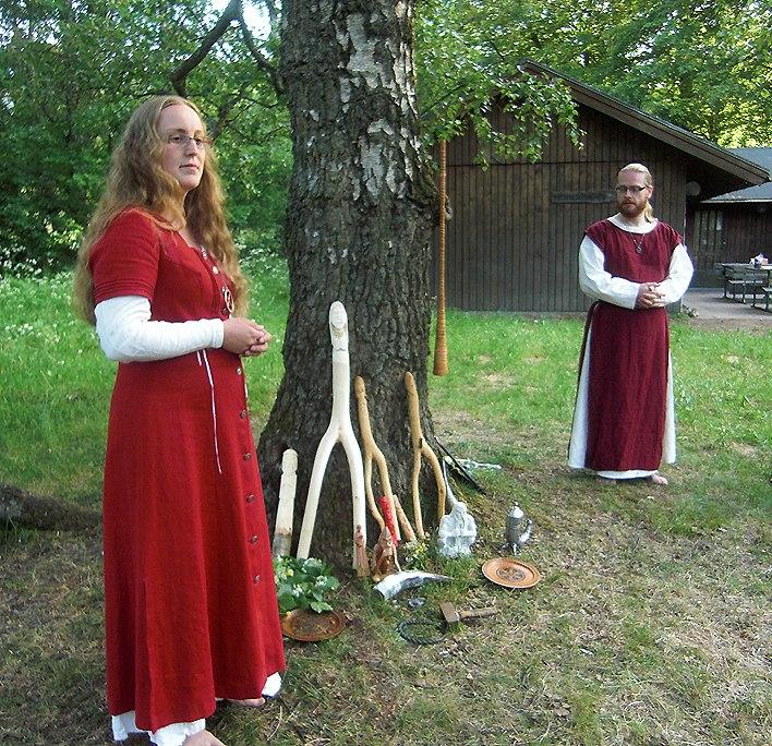 Forn Sed Sverige Tingsblot 2011 Rådsgydja o Rådsgode