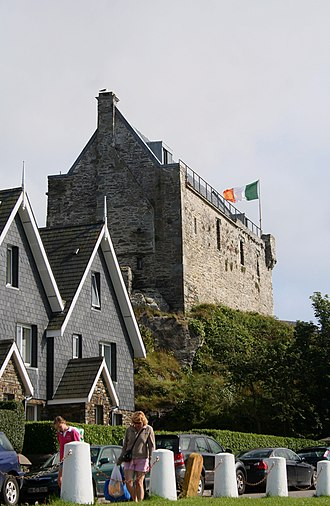 Dunasead Castle - Dunasead Castle