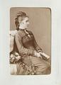 Fotografiporträtt på kvinna - Hallwylska museet - 107639.tif