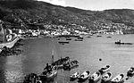 Fragatas do carvão e rebocadores na baía do Funchal, c. 1910.jpg