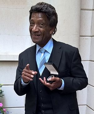 Frank Holder (musician) - Frank Holder with his Life-Time Achievement Award from The Worshipful Company of Musicians