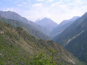 Gori Ganga - The Gori valley, Hansling in the distance