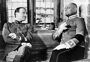 La Grande Illusion - Pierre Fresnay and Erich von Stroheim in Grand Illusion