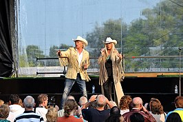 Grant & Forsyth, juli 2013