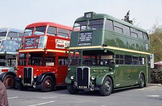 AEC Regent III RT - Image: Green and Red RT buses