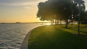 Grove Isle - The expansive gardens of Grove Isle, Miami