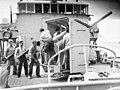 HMAS Cowra gun crew (109986).jpg