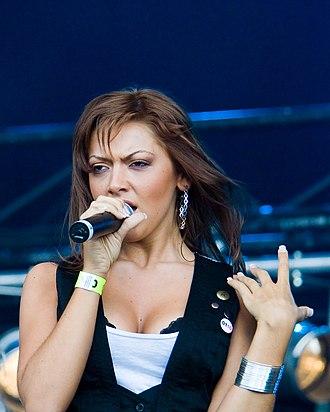 Turkish women in music - Image: Hadise Açıkgöz