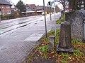 Halbmeilenstein Chaussee Altona-Lübeck - Altona 2½M (Norderstedt) 03.jpg