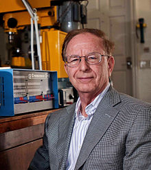 Harry Garland with Z-1 Computer.jpg