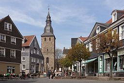 Hattingen, der Glockenturm in straatzicht DmA137 foto4 2015 04 19 13.10