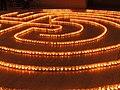 Heilig Kreuz Kerzenlabyrinth 15122012 02.JPG