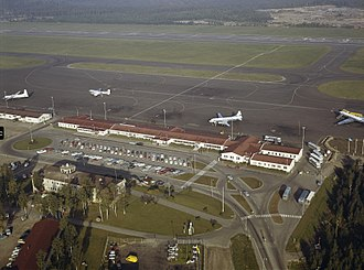 Helsinki Airport - Aerial photo of the first terminal at Helsinki Airport in 1963/1964