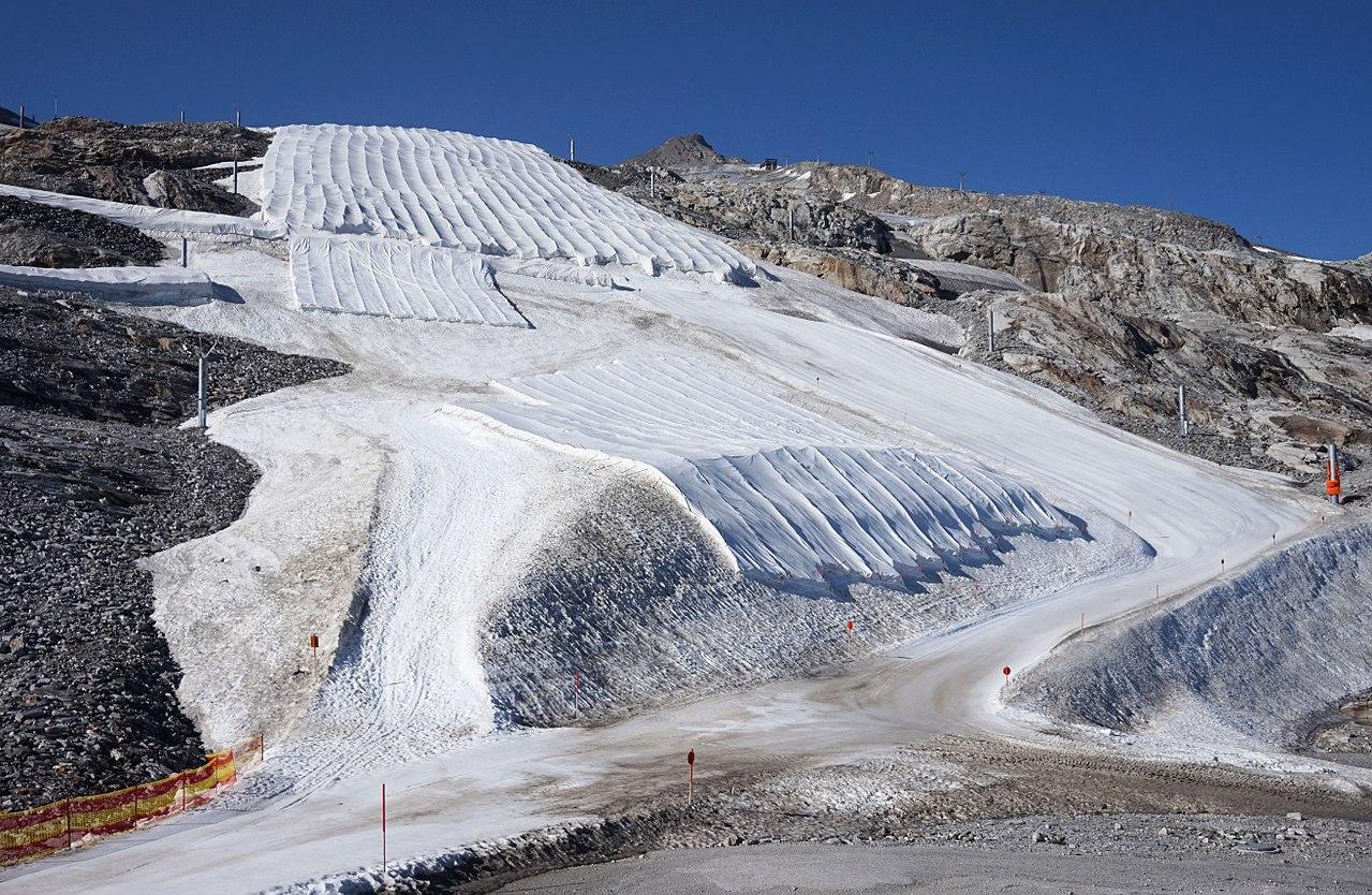 Hintertux Glacier 5.jpg
