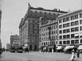 Hotel Astor and Astor Theatre, Manhattan.jpg