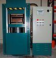 Hydraulic press.jpg
