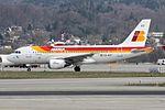 Iberia Airbus A319-111 EC-KOY (21836647315).jpg