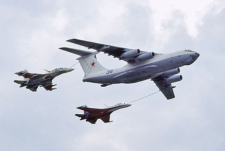 A Russian Air Force Ilyushin Il-78M tanker with a fuselage-mounted centerline hose-drogue, 2010. - Aerial refueling
