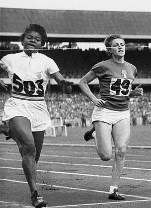 Isabelle Daniels - Daniels (left) vs. Giuseppina Leone at the 1956 Olympics