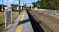 JREast-Tohoku-main-line-Takaku-station-platform-20151014-145938.jpg