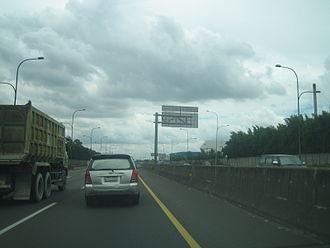 Jakarta–Cikampek Toll Road - Image: Jakpek 30