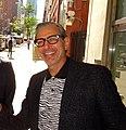 Jeff Goldblum (27141891384) (cropped).jpg
