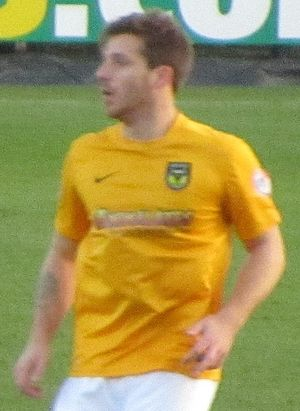 Johnny Mullins - Mullins playing for Oxford United in 2013