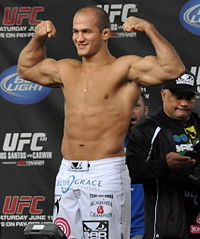 Junior dos Santos.jpg