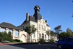 Juziers - Mairie03.jpg