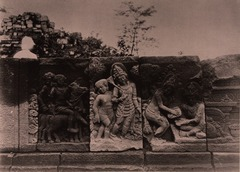 KITLV 155169 - Kassian Céphas - Reliefs on the terrace of the Shiva temple of Prambanan near Yogyakarta - 1889-1890.tif