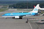 "KLM - Royal Dutch Airlines Boeing 737-7K2 PH-BGH ""Grutto - Godwit"" (21441917585).jpg"