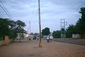 Kaédi - A major axis of Kaédi, in front of the hospital