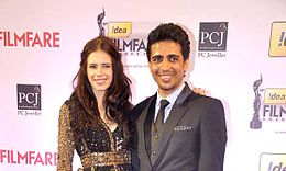 Gulshan Devaiah and Kalki Koechlin smiles for the camera