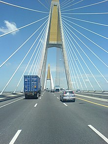 Kanjanaphisek bridge ,south bound (new bridge).jpg