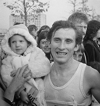 Karel Lismont - Karel Lismont with daughter in 1976