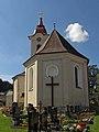 Kath. Pfarrkirche hl. Michael und Friedhof in Kirchbach.jpg