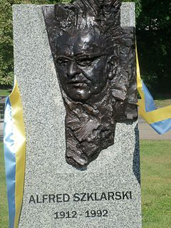 Alfred Szklarski Polish author