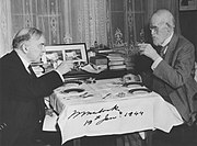 Prime Minister Mackenzie King and Sir William Mulock at breakfast on Mulock's 101st birthday