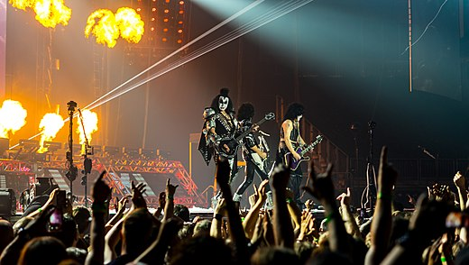 Kiss performing at The O2 in London on May 31, 2017. Kiss - The O2 - Wednesday 31st May 2017 KissO2310517-50 (35095769445).jpg