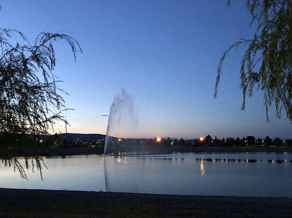 Kladovo lake 02
