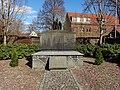 Kriegerdenkmal grüngräbchen 02.jpg