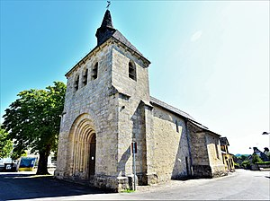 L'église Saint-Michel de Chanteix.jpg