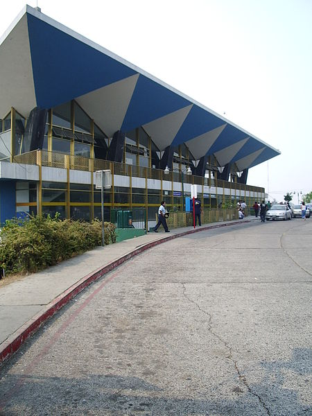 Файл:La Aurora International Airport.jpg