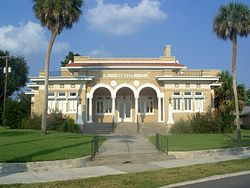 Lakeland FL East Lake Morton HD Sorosis Club02.jpg