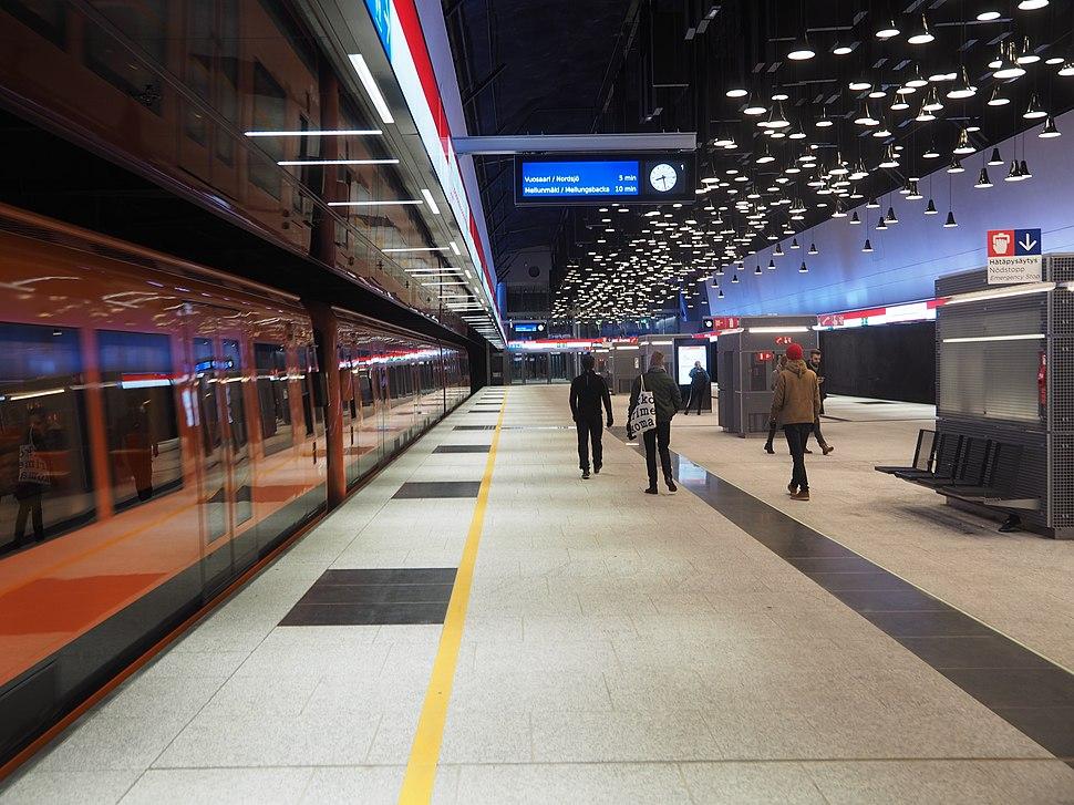Lauttasaari metro station interior