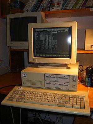 Leading Edge Model D - Leading Edge Model D (dual floppy disk model)